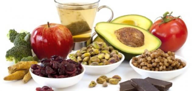 تناول هذه الأطعمة ضمن نظامك الغذائي لأنها تساعد على تنظيف الجسم من السموم