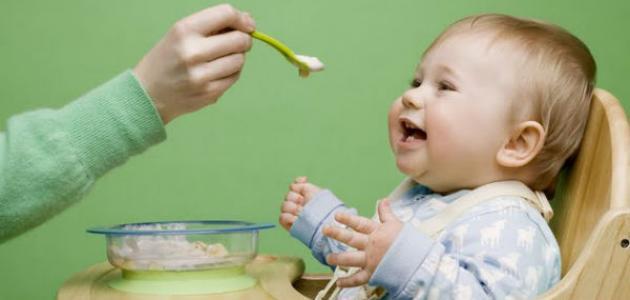 التغذية السليمة لطفلك فى السنة الأولى من عمره